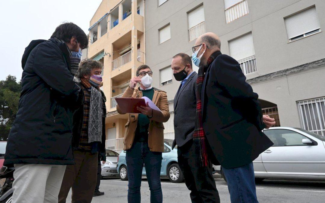 Obra Pública: El Conseller de Vivienda  visita nuestra obra  en Monóvar